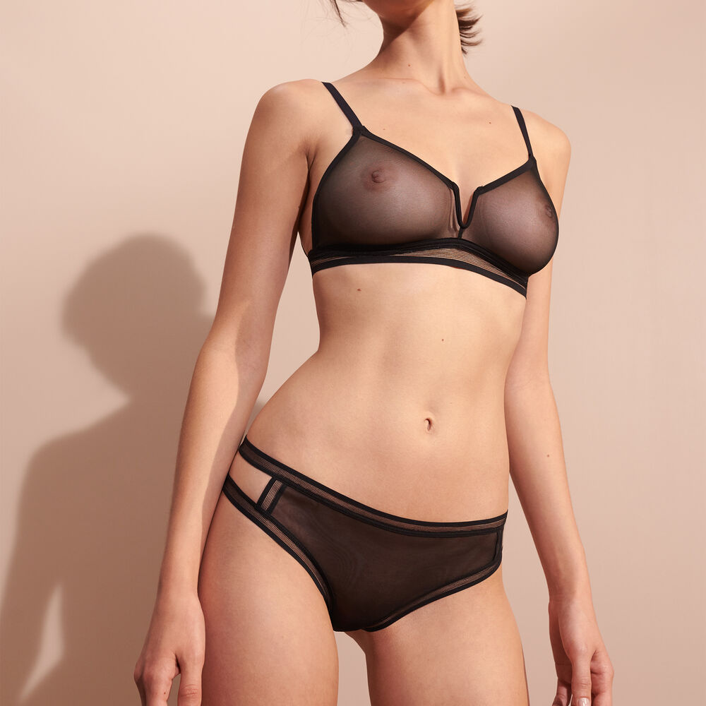 Soft bra black.