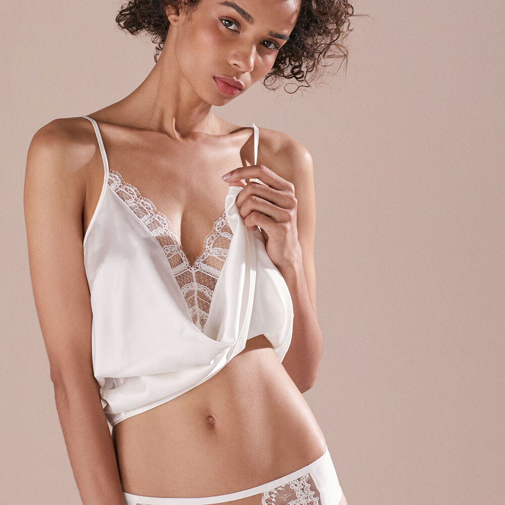 Camisole top ivory.
